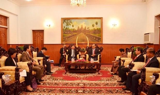 Une delegation du PCV en visite au Cambodge hinh anh 1