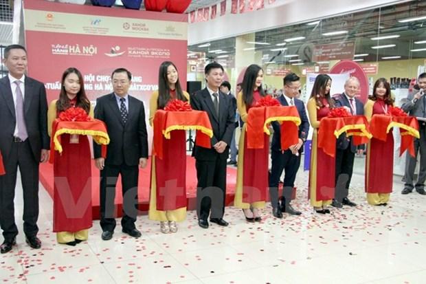Ouverture de la foire « Hanoi Expo - Les meilleurs produits de Hanoi » a Moscou hinh anh 1