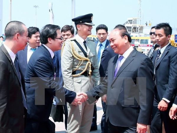 Le PM Nguyen Xuan Phuc visite la Region administrative speciale de Hong Kong (Chine) hinh anh 1