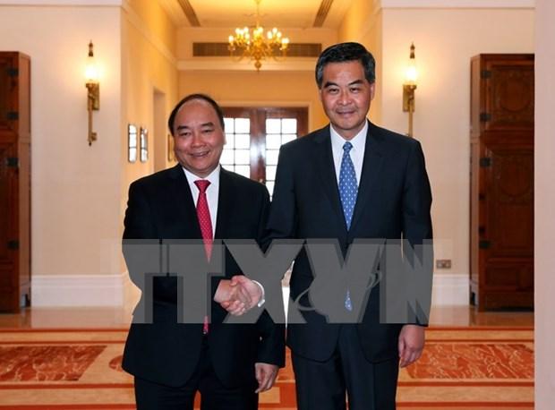 Le Premier ministre rencontre le chef de l'executif de Hong Kong hinh anh 1