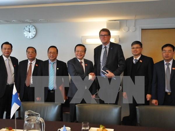 Le Vietnam et la Finlande renforcent les relations entre assemblees hinh anh 1