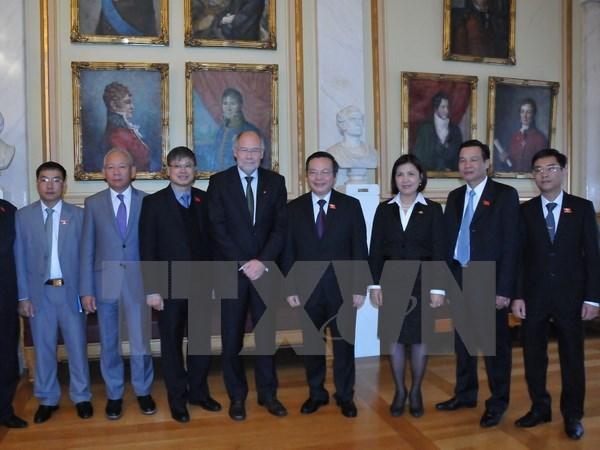 Le parlement norvegien soutient le developpement des liens avec le Vietnam hinh anh 1