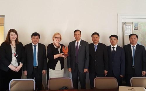 Hanoi stimule la cooperation avec des villes de l'Europe du Nord hinh anh 1