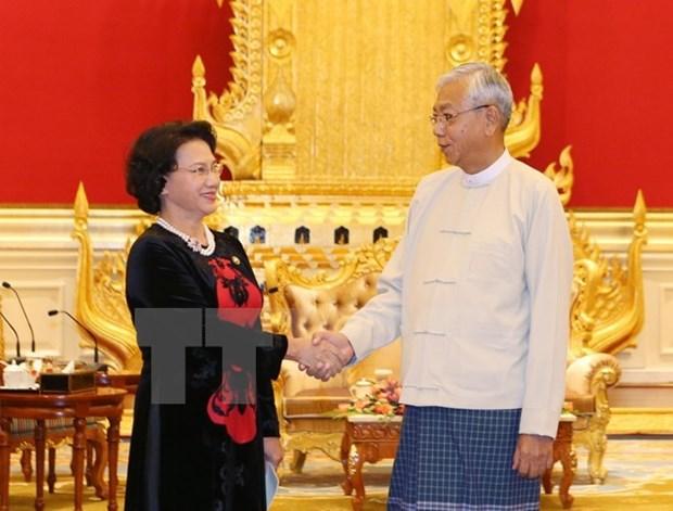 La presidente de l'AN du Vietnam rencontre le president du Myanmar hinh anh 1