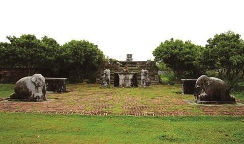 Le mystere des tombeaux de mandarins a Bac Giang dans le Nord hinh anh 1