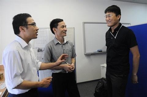 Deux Vietnamiens a l'Institut japonais de la police en mer hinh anh 1