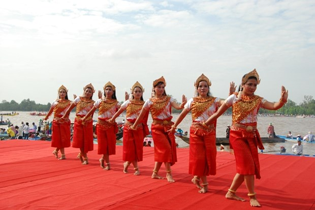 Kien Giang donne rendez-vous en novembre pour la 10e fete culturelle et sportive des Khmers hinh anh 1