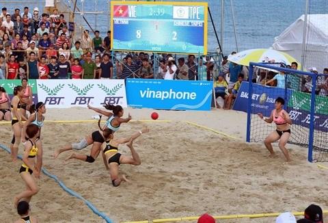 Jeux asiatiques de plage, une performance en trompe-l'œil hinh anh 3