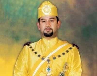 Le sultan du Kelantan devient le 15e roi de Malaisie hinh anh 1