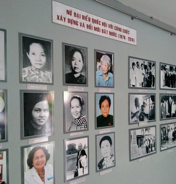 Les femmes deputees de l'Assemblee nationale en images hinh anh 1