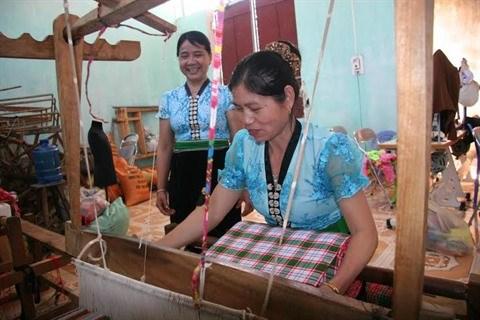 Les femmes, le moteur economique du Tay Bac hinh anh 2