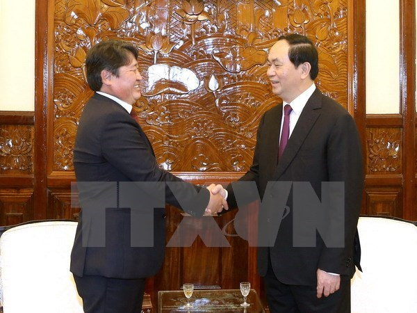 Tran Dai Quang recoit le gouverneur de Nagano et l'ambassadeur mongol hinh anh 1