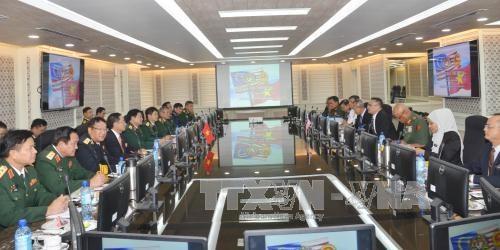 Vietnam et Malaisie approfondissent leur cooperation dans la defense hinh anh 2