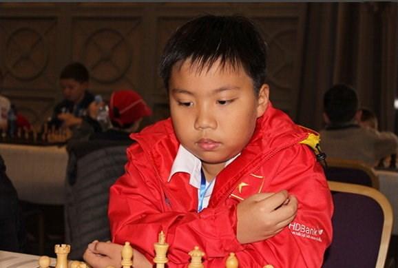 Championnats du monde d'echecs des jeunes : le Vietnam remporte une medaille d'argent hinh anh 1