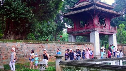 Hanoi lance un plan de conservation du Temple de la Litterature hinh anh 1