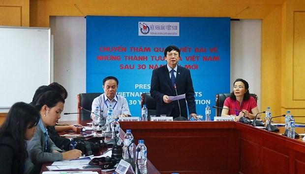 Le Vietnam accueille des journalistes de l'ASEAN hinh anh 1