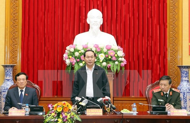 Le president demande de mettre en lumiere les affaires de corruption hinh anh 1
