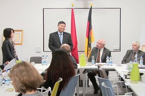 Congres de l'Association Allemagne-Vietnam a Berlin hinh anh 1