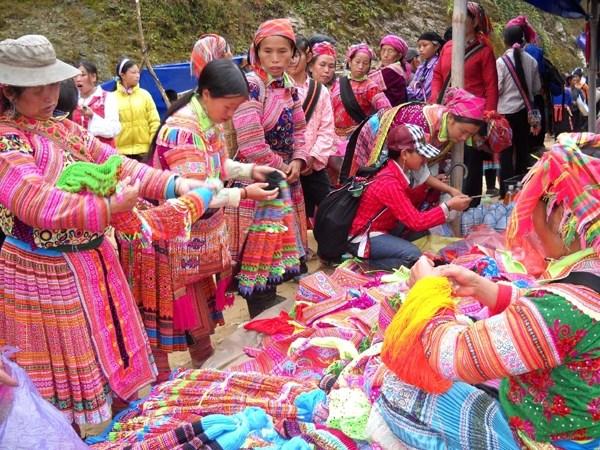 Ouverture de l'espace culturel de l'ethnie H'Mong a Hanoi hinh anh 1