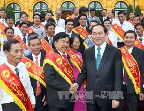 Le president Tran Dai Quang rencontre des agriculteurs exemplaires hinh anh 1