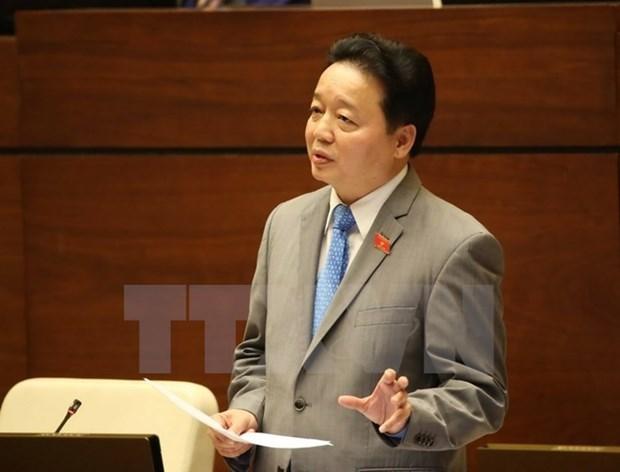 Le ministre des Ressources naturelles et de l'Environnement repond aux interpellations hinh anh 1