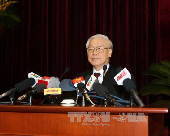 Politburo : Restructurer le budget de l'Etat, gerer la dette publique hinh anh 1