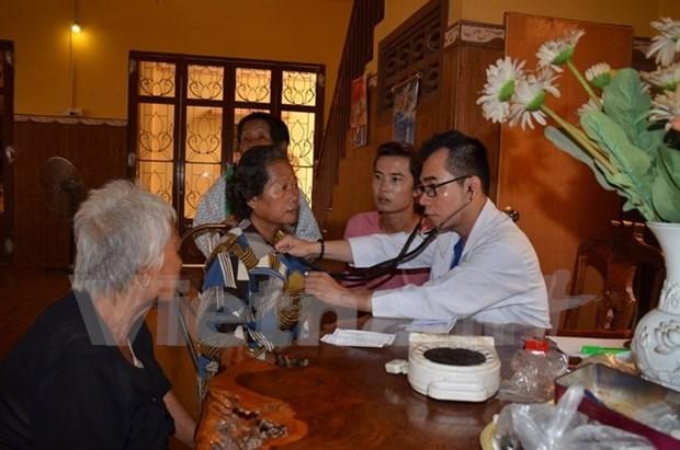 Consultations medicales gratuites pour des Viet kieu et Cambodgiens demunis hinh anh 1