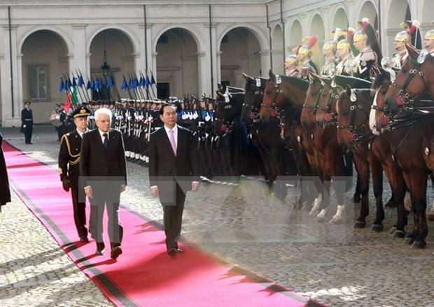 Le Vietnam prend en haute consideration les relations de cooperation multiforme avec l'Italie hinh anh 1