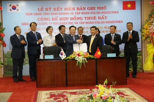 Le groupe Kolon Industries investira un milliard de dollars a Binh Duong hinh anh 1