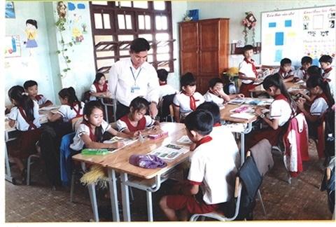 Phu Quy : une trentaine d'annees sur l'ile pour enseigner les eleves pauvres hinh anh 1