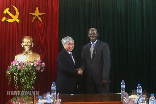 Le Vietnam apprecie le soutien de la BM au developpement des ethnies minoritaires hinh anh 1