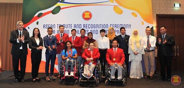 L'ASEAN honnore les sportifs exemplaires des Jeux Olympiques et Paralympiques de Rio hinh anh 1