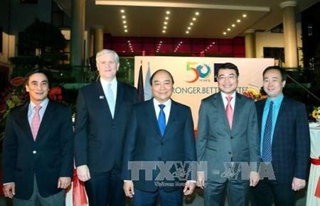 Le Vietnam affirme poursuivre une cooperation durable avec la BAD hinh anh 1