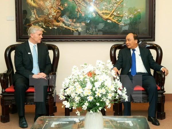 Le Premier ministre Nguyen Xuan Phuc recoit le directeur de la BAD au Vietnam hinh anh 1
