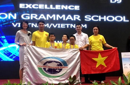 Concours Robothon 2016 : le Vietnam remporte les deux premier prix hinh anh 1