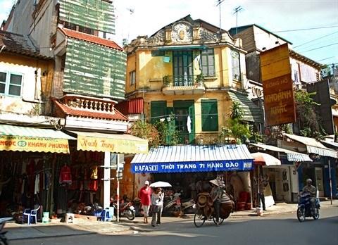 Hausse du nombre de touristes etrangers a Hanoi en onze mois hinh anh 1
