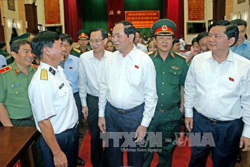 Tran Dai Quang rencontre des electeurs militaires a Ho Chi Minh-Ville hinh anh 1
