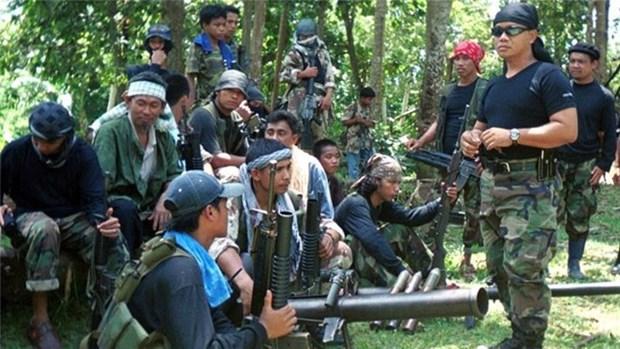 Les Philippines renforcent les operations militaires contre les membres d'Abou Sayyaf hinh anh 1