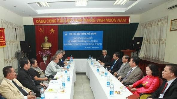 Hanoi-Chiang Mai : renforcer la cooperation dans la presse hinh anh 1