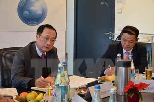 Le Vietnam s'interesse aux systemes suisses de gestion de la securite hinh anh 1