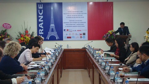Quinze ans de formation post-universitaire a l'Universite d'architecture de Hanoi hinh anh 1