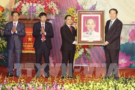 Hoa Lu devient le premier district neo-rural du Vietnam hinh anh 1