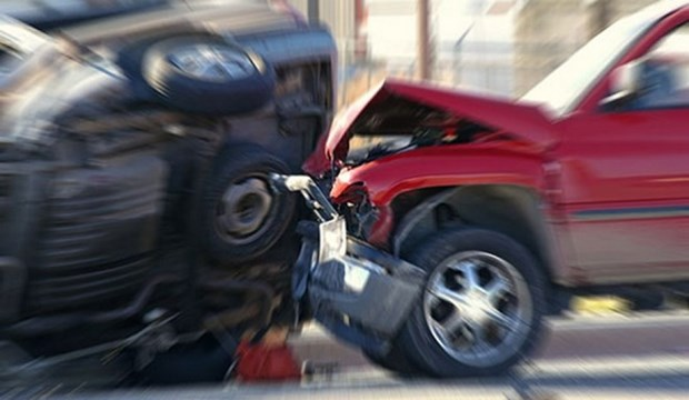 Cinq Vietnamiens decedent dans un accident routier en Russie hinh anh 1