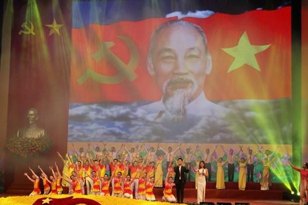 Valoriser l'esprit de la resistance nationale pour moderniser et defendre le pays hinh anh 2