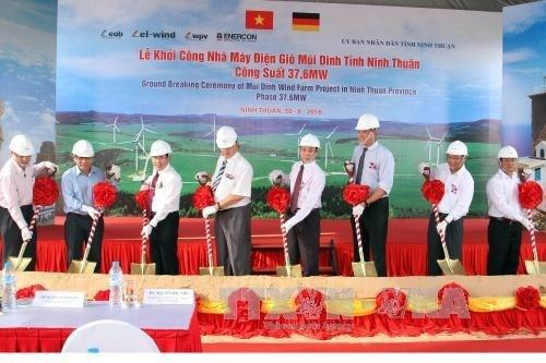 La province de Ninh Thuan veut tabler sur les atouts maritimes et les energies vertes hinh anh 1