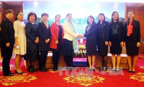 Renforcement de l'amitie entre les femmes vietnamo-chinoises hinh anh 1