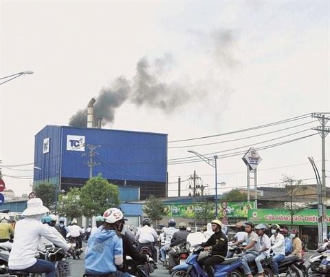 Dans la megapole du Sud, les usines polluantes sur la sellette hinh anh 2