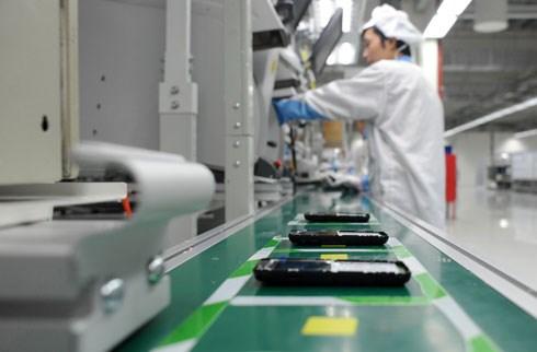 Telephones et accessoires: les exportations nationales franchissent la barre des 31 milliards d'USD hinh anh 1