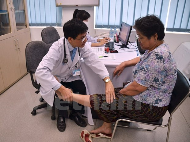 Consultations medicales gratuites pour des Cambodgiens hinh anh 1