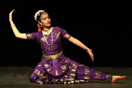 Ouverture d'un cours de danse traditionnelle de l'Inde a Hanoi hinh anh 1